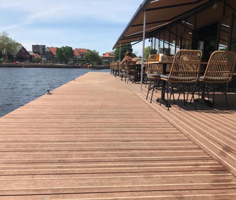 Steg, Yachthafen